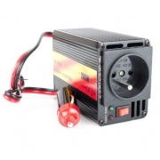 Měnič napětí CARSPA CAR 201 12V/230V 200W USB